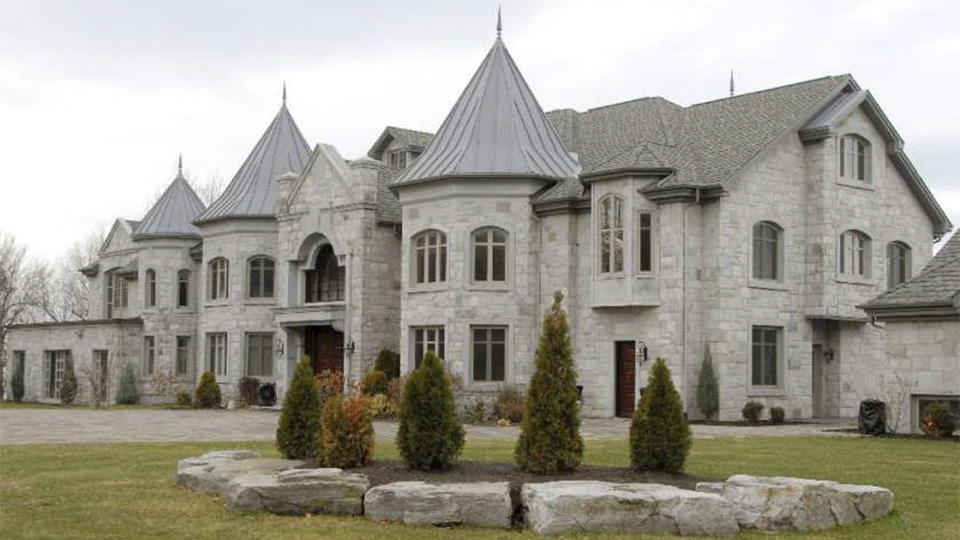 Top luxury homes for sale in senneville yp nexthome for Luxury homes for sale