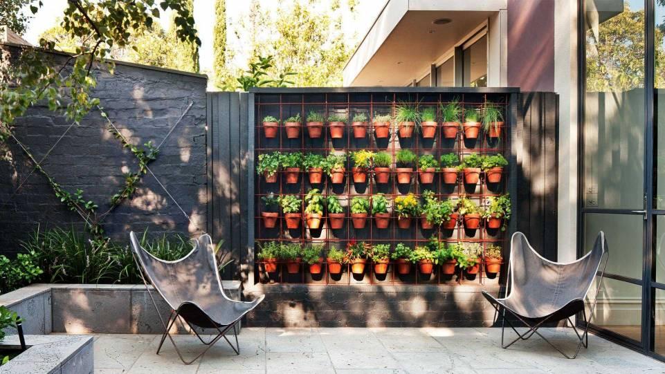 vertical teracotta garden
