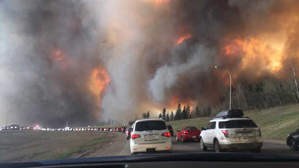 Fort McMurray fire - highway 63 south out of town