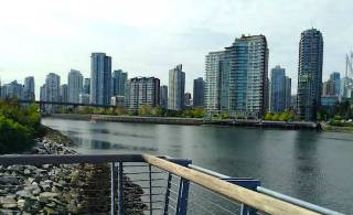 Is Downtown Vancouver a family-friendly urban oasis?