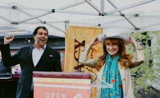 Celebrity Jane Seymour brings Open Hearts to Calgary