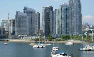 Vancouver condos a hot commodity this summer: REBGV