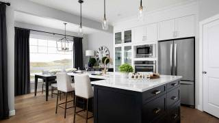 Calgary: Sovanna showhome in Belmont by Shane Homes