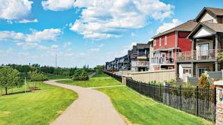 New show homes emphasize ease of living in Maple Crest