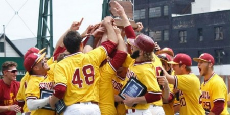 Baseball Wins First-Ever PSAC Championship