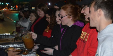 Seton Hill Students Serve Meals to Pittsburgh Homeless Through Service Learning Opportunity