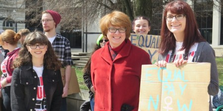 Seton Hill Students Rally for Equal Pay
