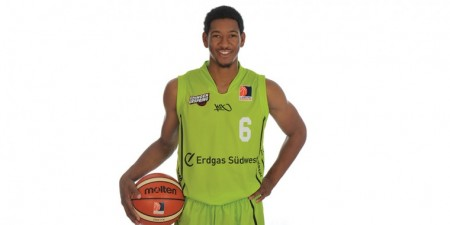 Kameron Taylor (SHU 16) Plays Professional Basketball in Germany