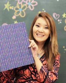 Claudia Wada ensina fichário em cartonagem com molde grátis para baixar!