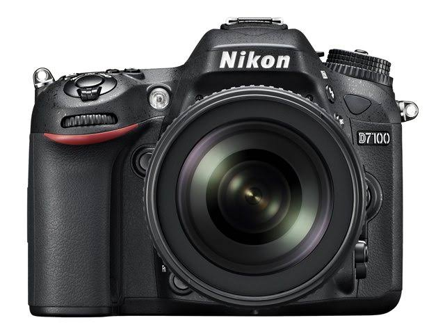 Nikon D7100 24.1MP DSLR Camera with 18-105mm Lens
