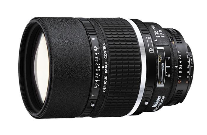 Nikon AF DC-NIKKOR 135mm f2D Lens
