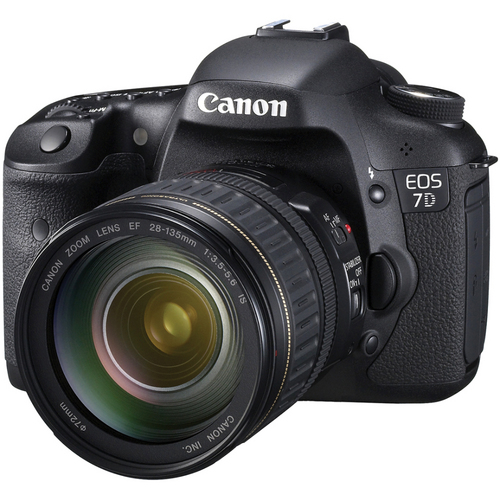 Canon EOS 7D Digital SLR with 28-135mm 3.5-5.6 IS USM Lens