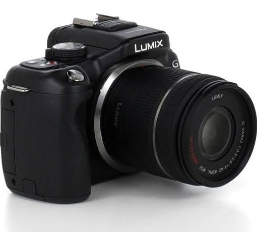 Panasonic Lumix G5 Digital Camera - Lumix G Vario 14-42mm Lens (Black)