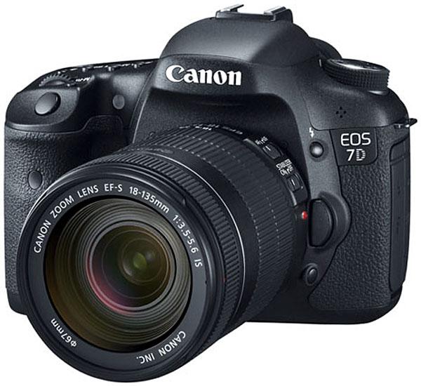 Image for Canon EOS 7D Digital SLR Camera w/ EF-S 18-135mm IS Lens (Black)