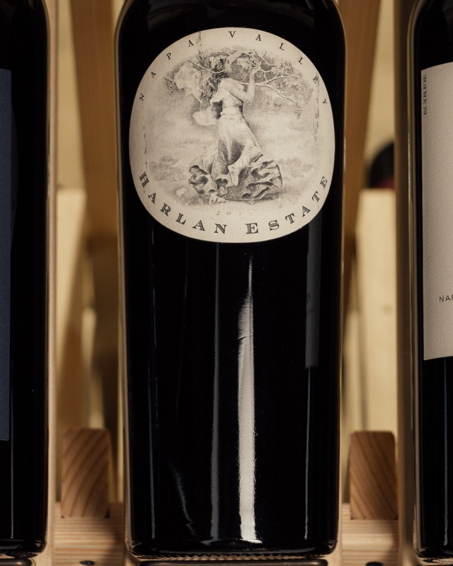 Harlan Estate 2010 (scuffed label)