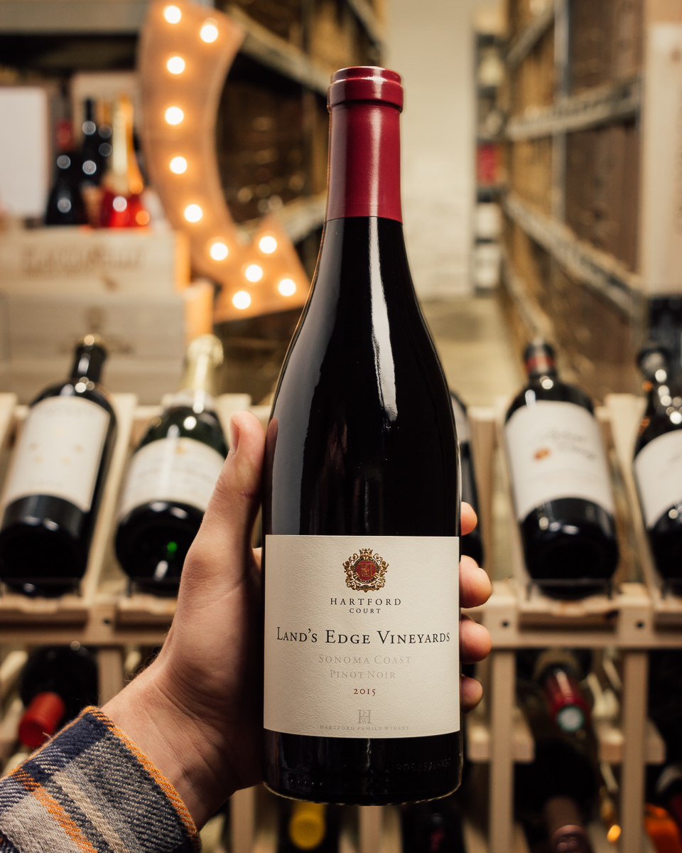 Hartford Court Pinot Noir Land`s Edge Vineyard 2015  - First Bottle