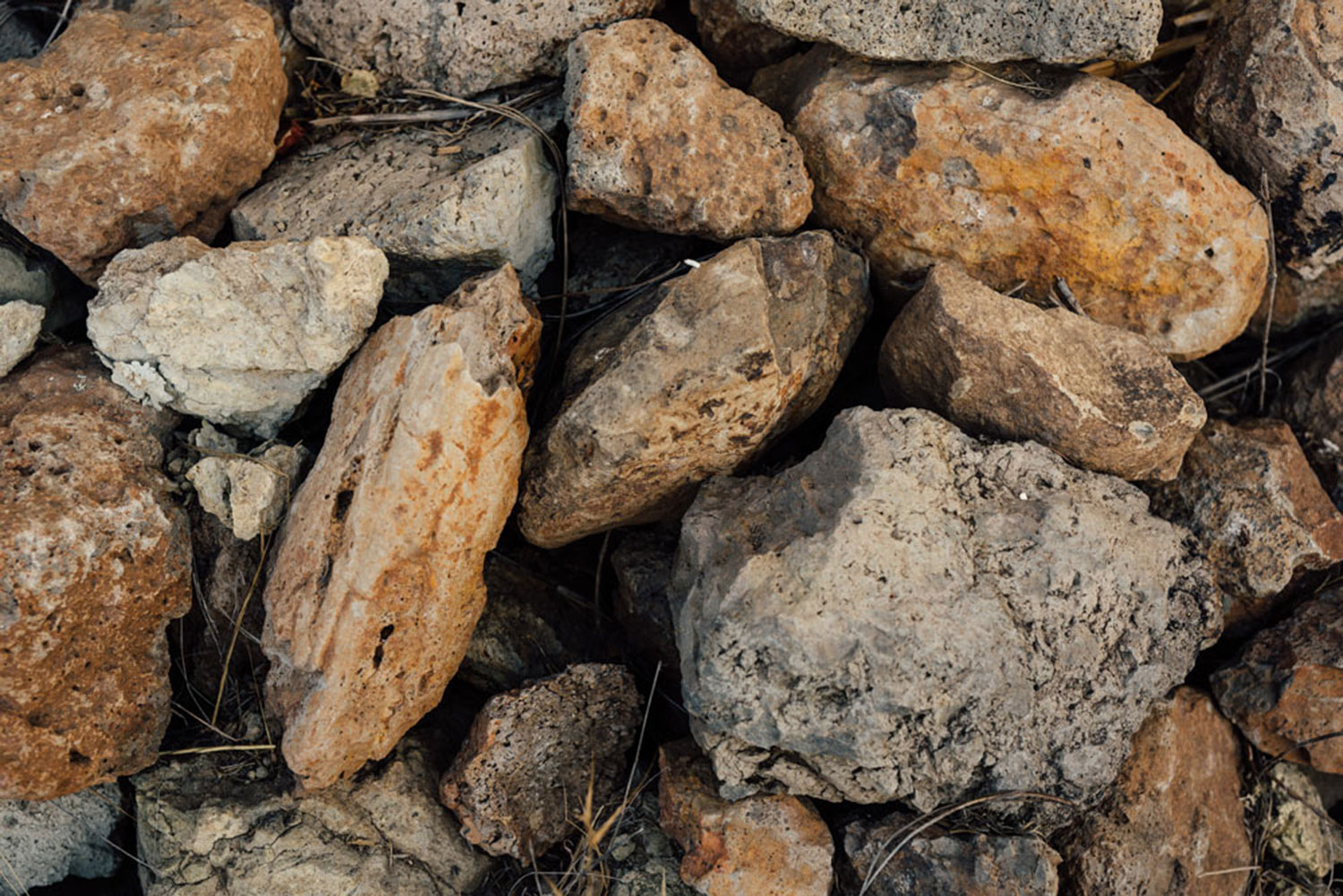 Detail of the soil and rocks at the Linda Falls Vineyard