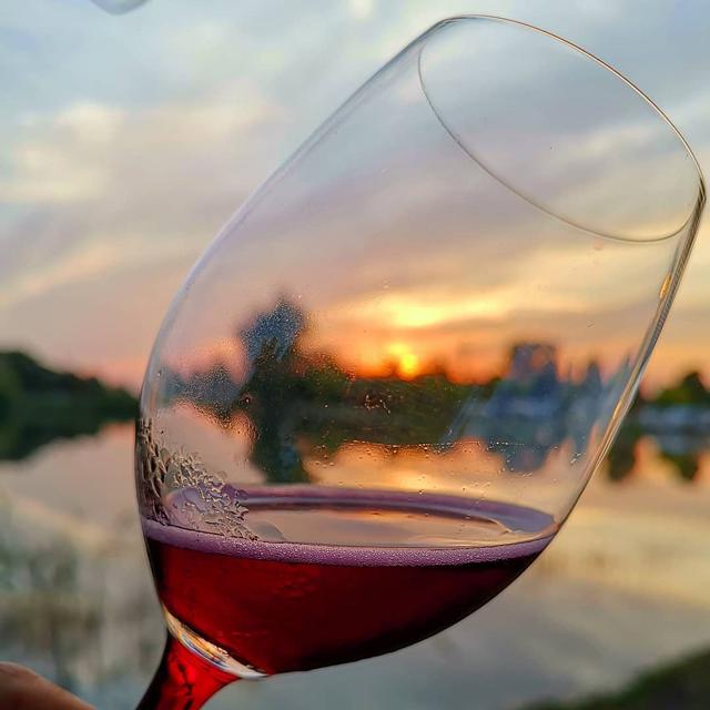 , © © Fattoria Moretto - Kermit Lynch Wine Merchant