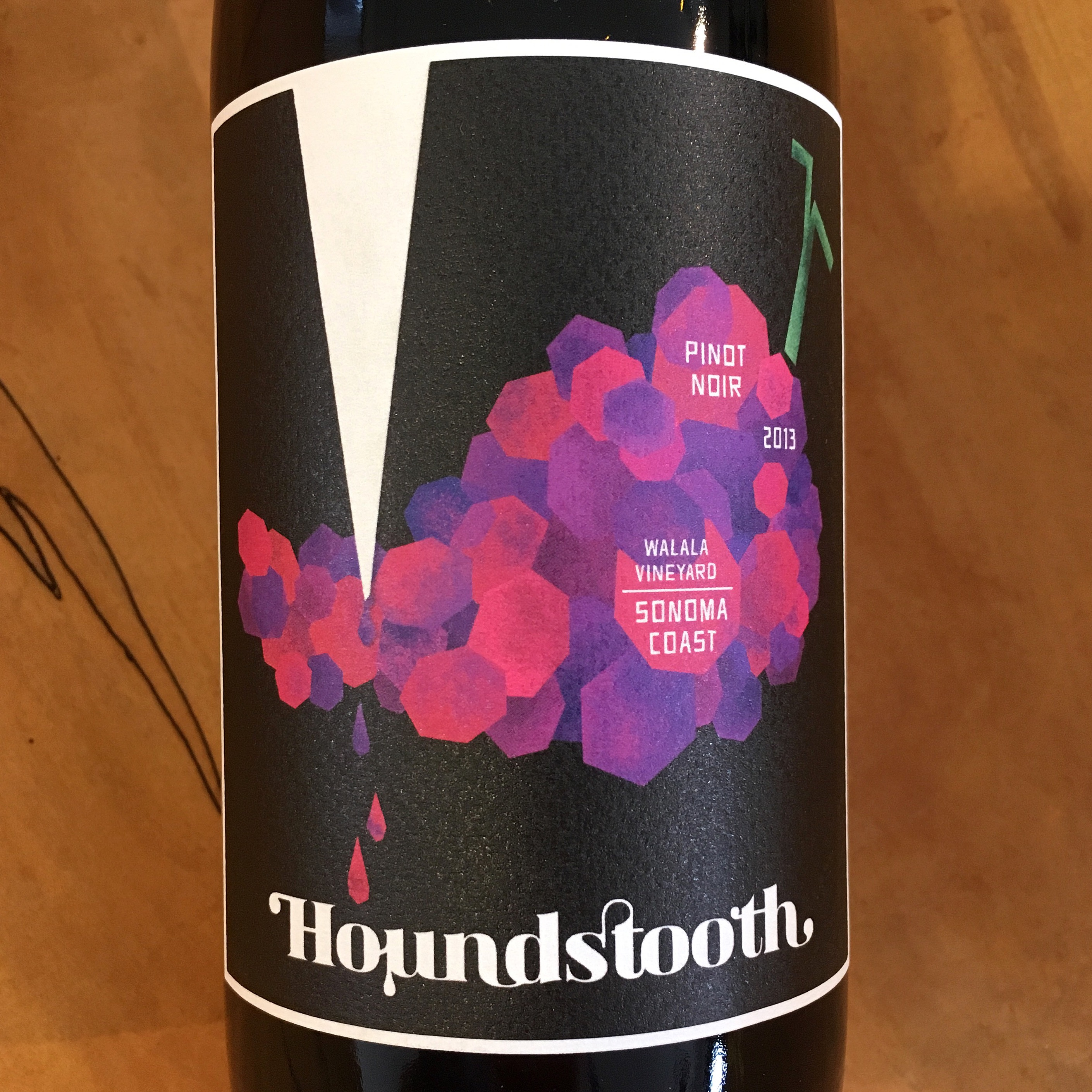 Houndstooth 'Walala Vineyard' Pinot Noir 2013  Sonoma Coast - K. Laz Wine Collection