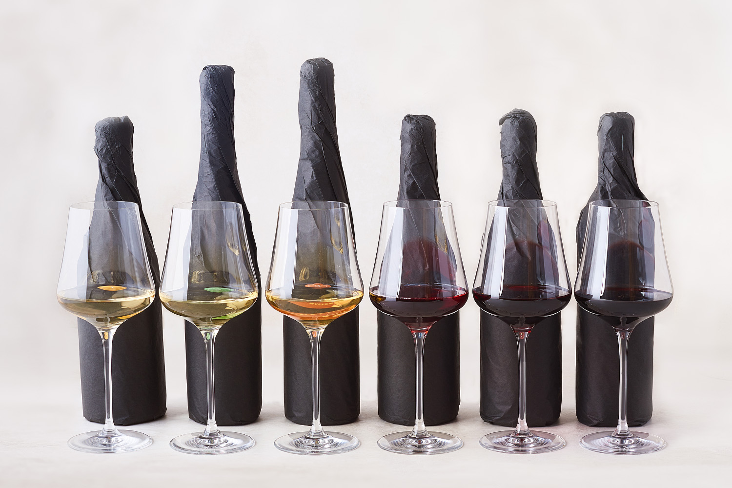 The Blind 6 Gift Pack  - SommSelect