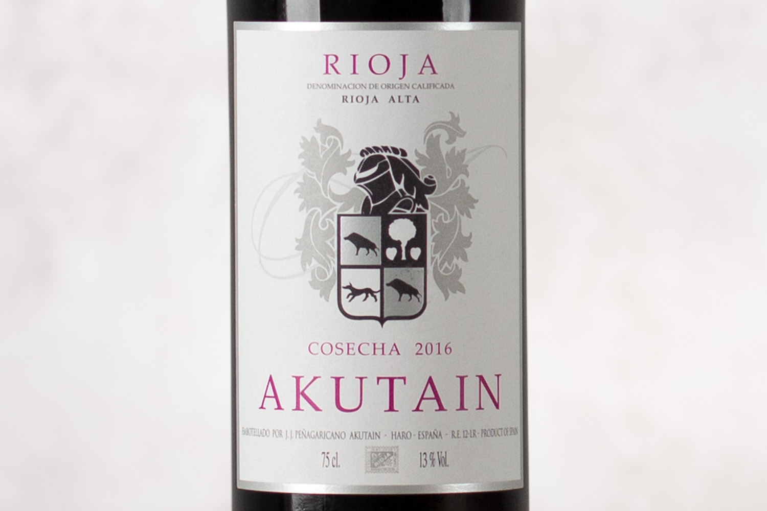 Bodega Akutain, Rioja Rioja Alta, Spain 2016 - SommSelect