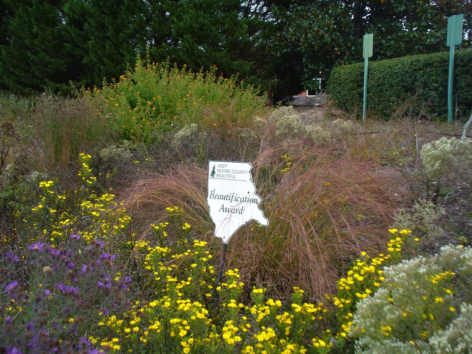 Beautification Award with plants (Fall/2019)