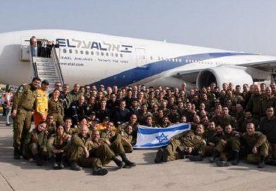 """Bolsonaro agradece """"tropas valentes"""" como resgatadores da IDF terminam missão de busca no Brasil"""