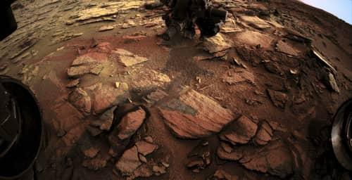 Facebook junto a la NASA te llevan a recorrer Marte