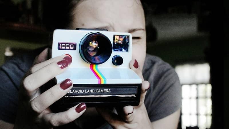 Instantáneas en movimiento con la nueva app de Polaroid: Swing