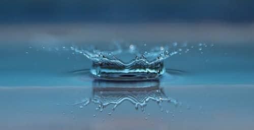 Cómo secar tu teléfono si ha caído al agua