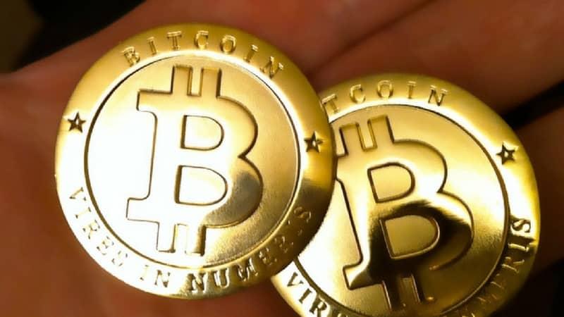 Bitcoin termina el año en suba