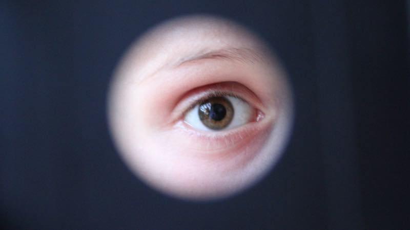 ¿Espiar celulares? Apps que lo hacen posible