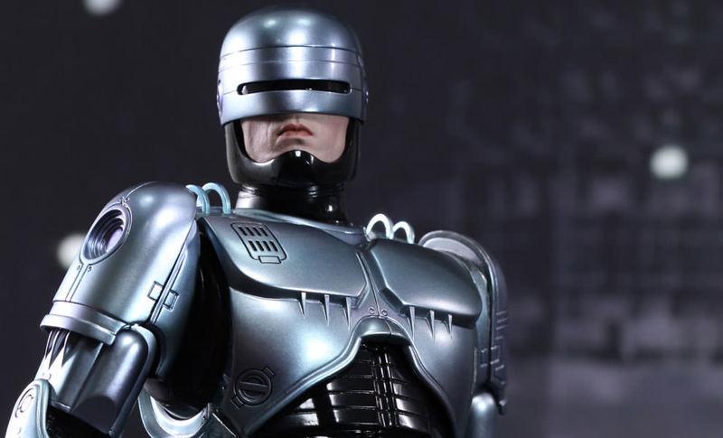 Un Robocop en las calles de Dubai
