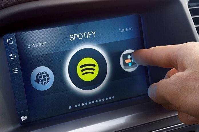 Spotify planea lanzar un dispositivo para autos este año
