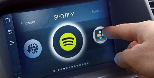 Spotify plans to launch a device for cars this year