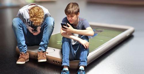 El cerebro de un niño puede verse alterado por el uso de aparatos electrónicos