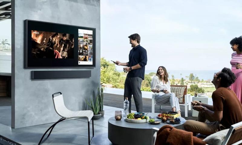 Samsung lanzó un televisor para exteriores