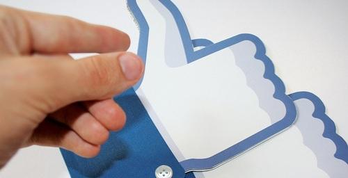 Facebook simplifica la personalización del muro