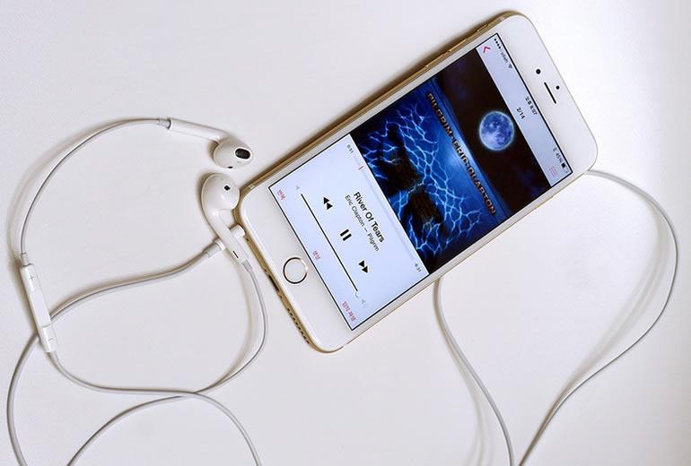 Apple rompe un nuevo record de ventas con iPhone