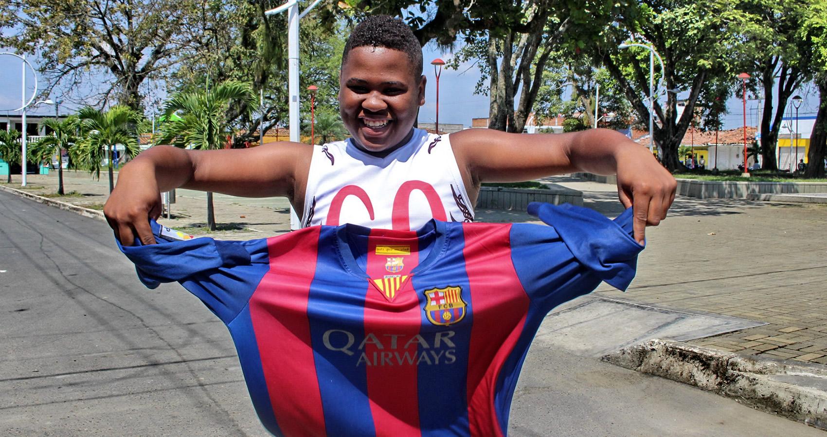 Yerry Mina, el fenómeno social detrás del nuevo central del Barcelona