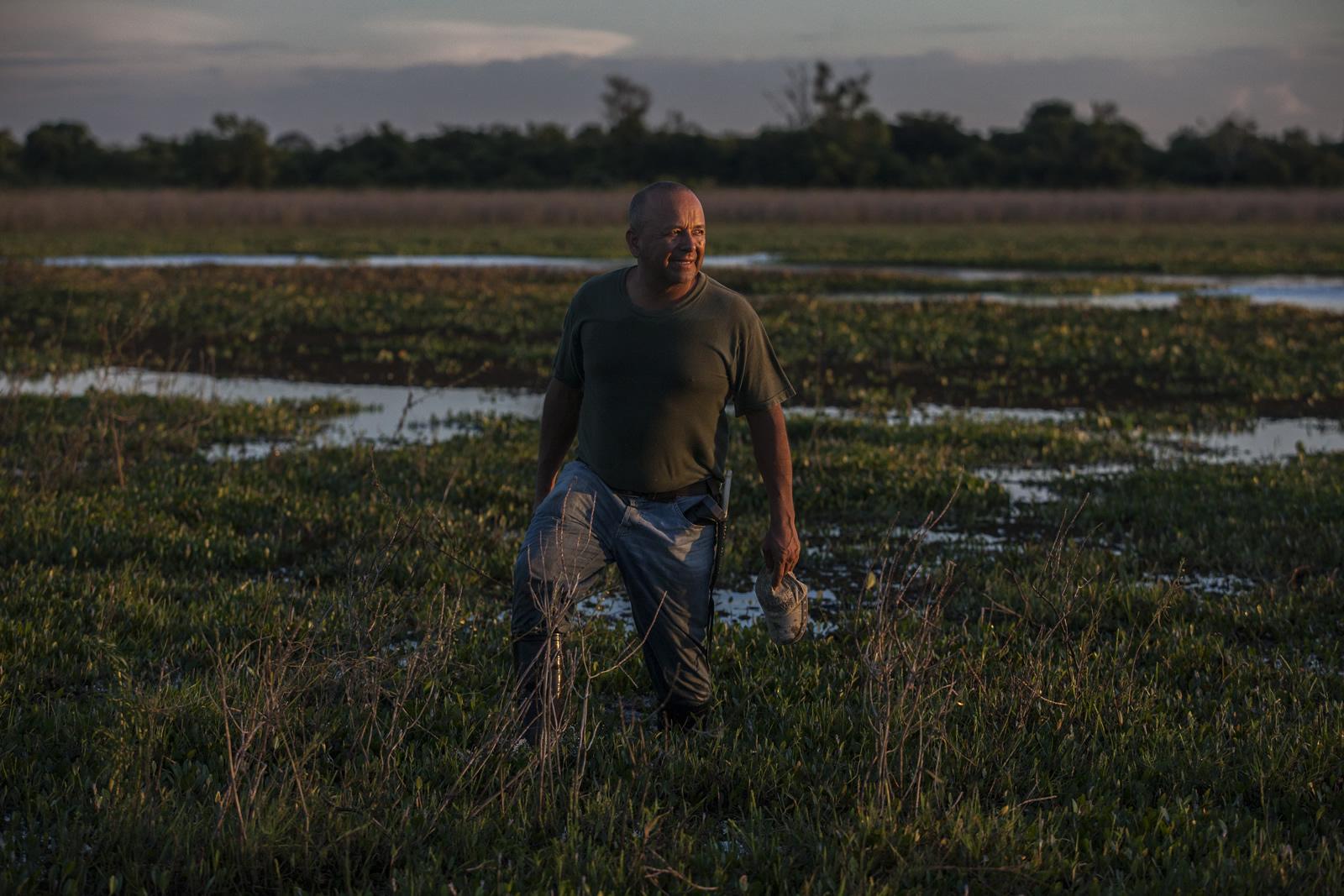 Buscando un jaguar en la hacienda más grande de Colombia