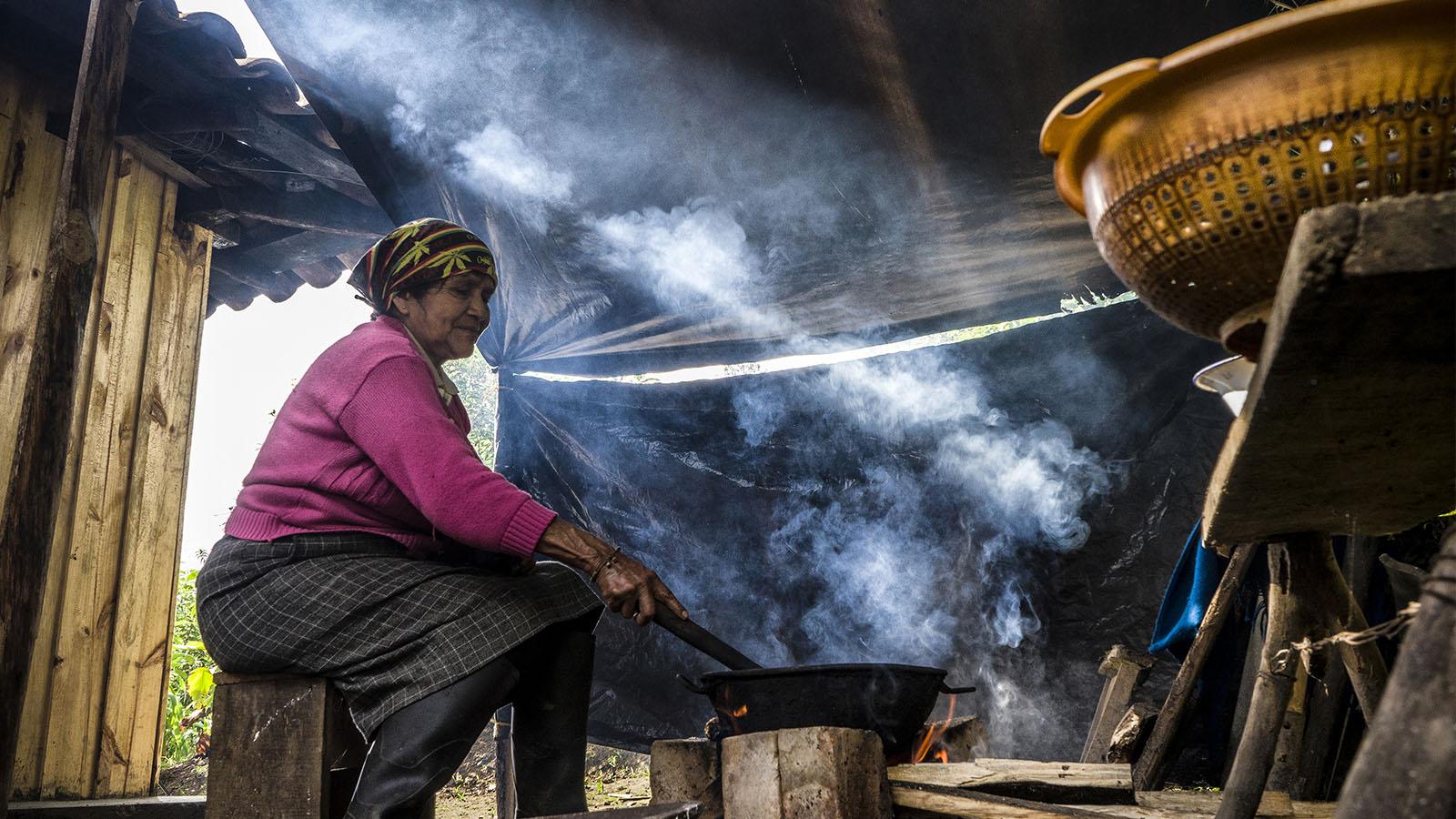 Las mujeres detrás de la cocina del Putumayo