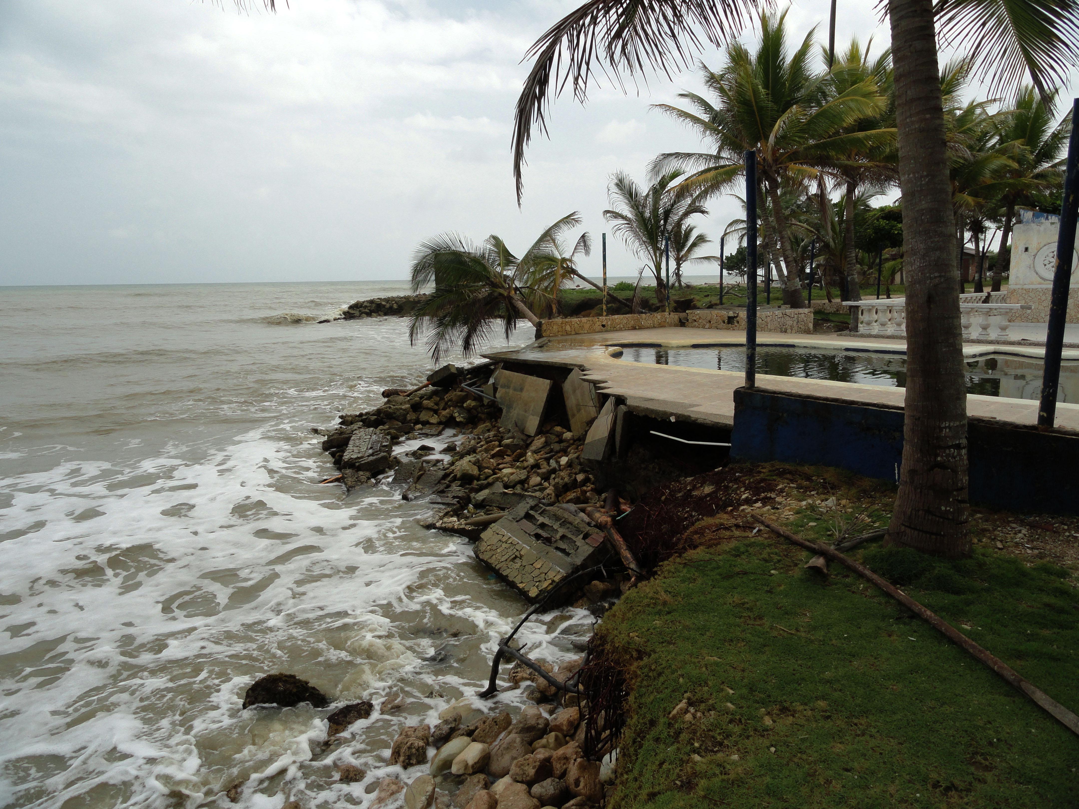 Por la erosión, el mar se está 'comiendo' la costa de Urabá