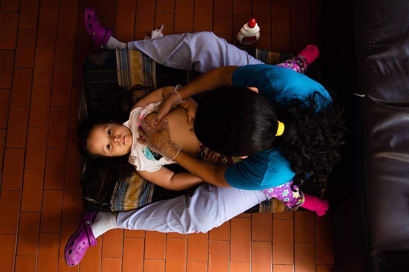 Ser niña y vivir con una enfermedad huérfana: la lucha diaria de Taliana
