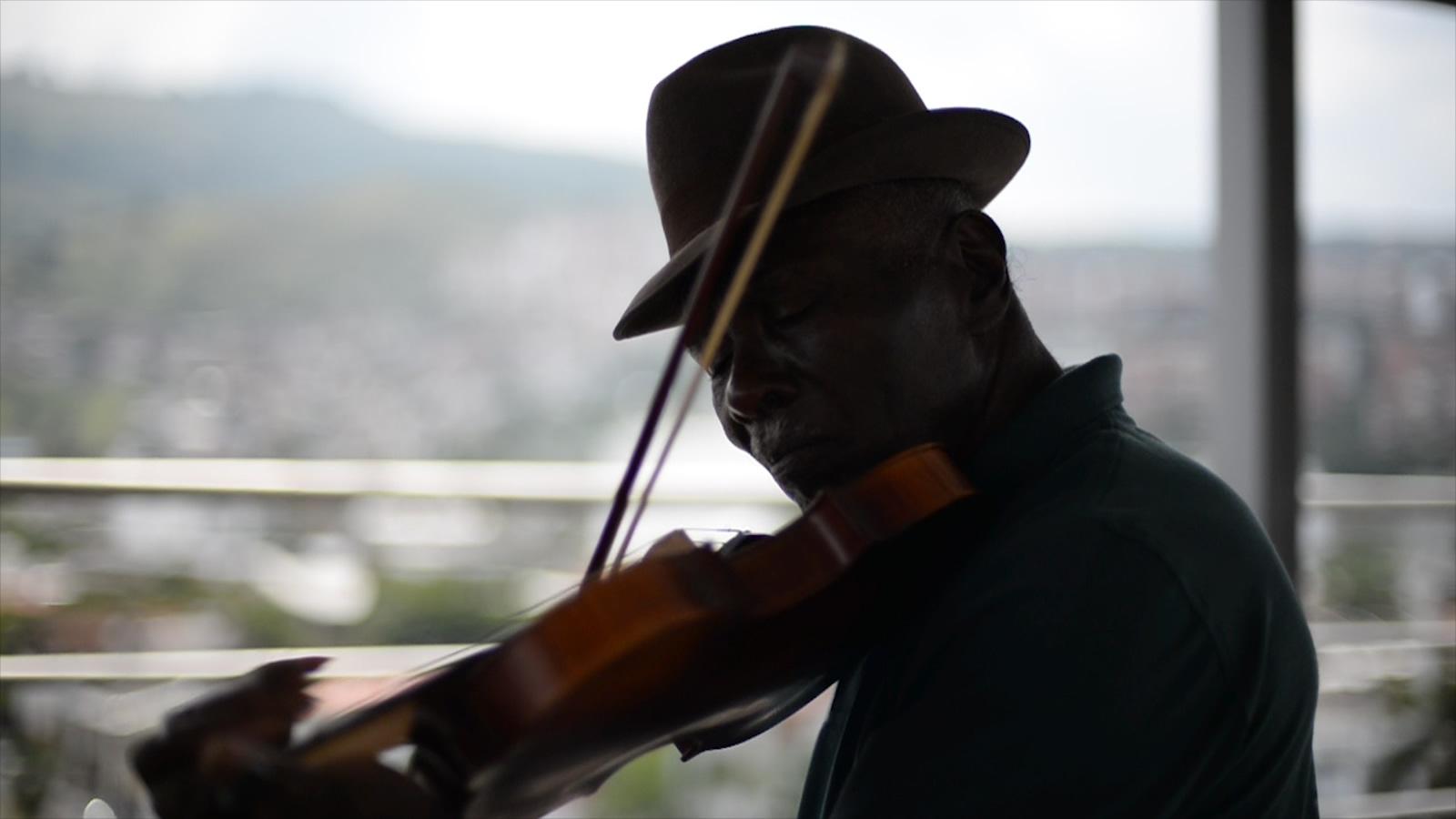 El alma de los violines negros