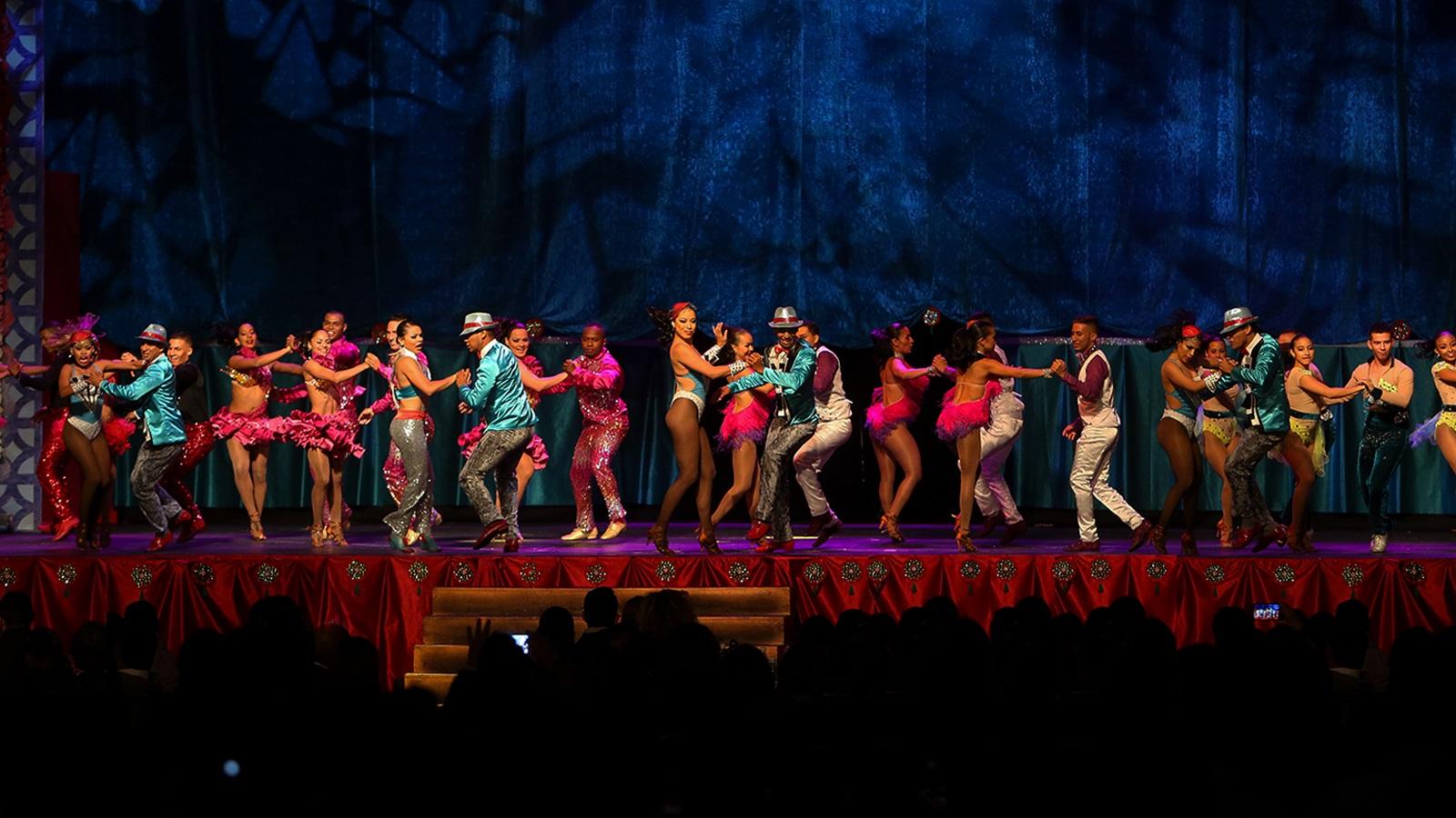 bailarines-de-salsa-calenos-conquistan-los-escenarios-del-mundo