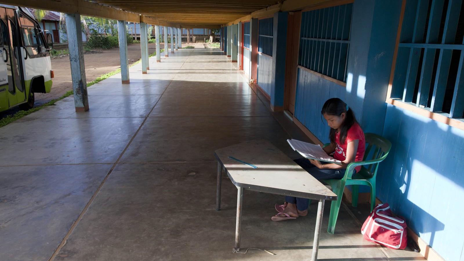 El precio de darles educación 'occidental' a los niños indígenas colombianos