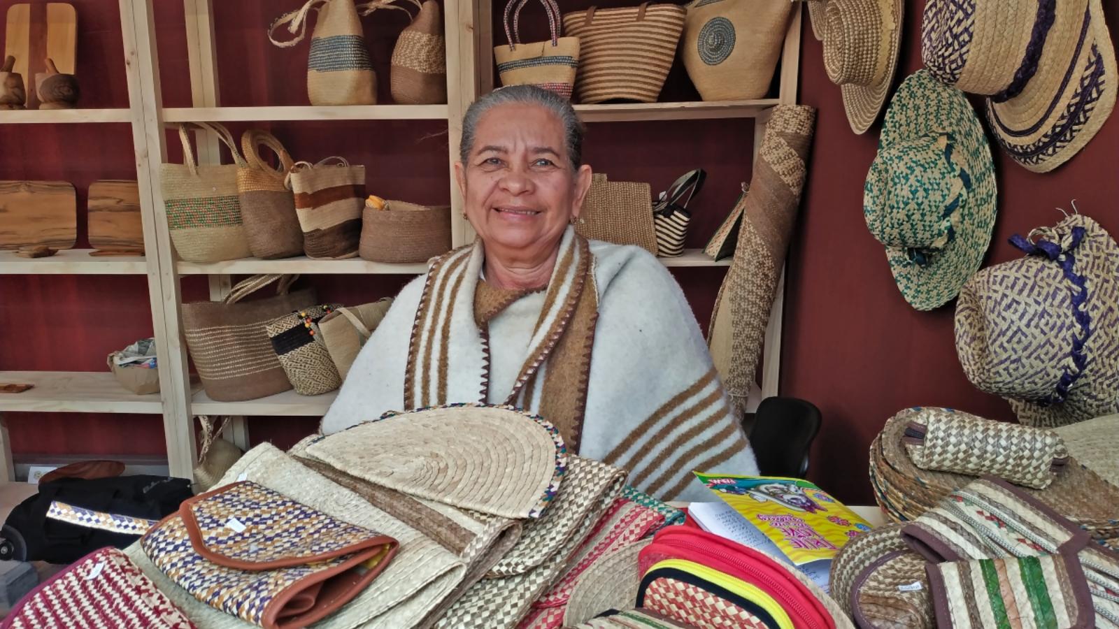Trenzado con palma, una tradición que corre por las venas de las mujeres de Magangué