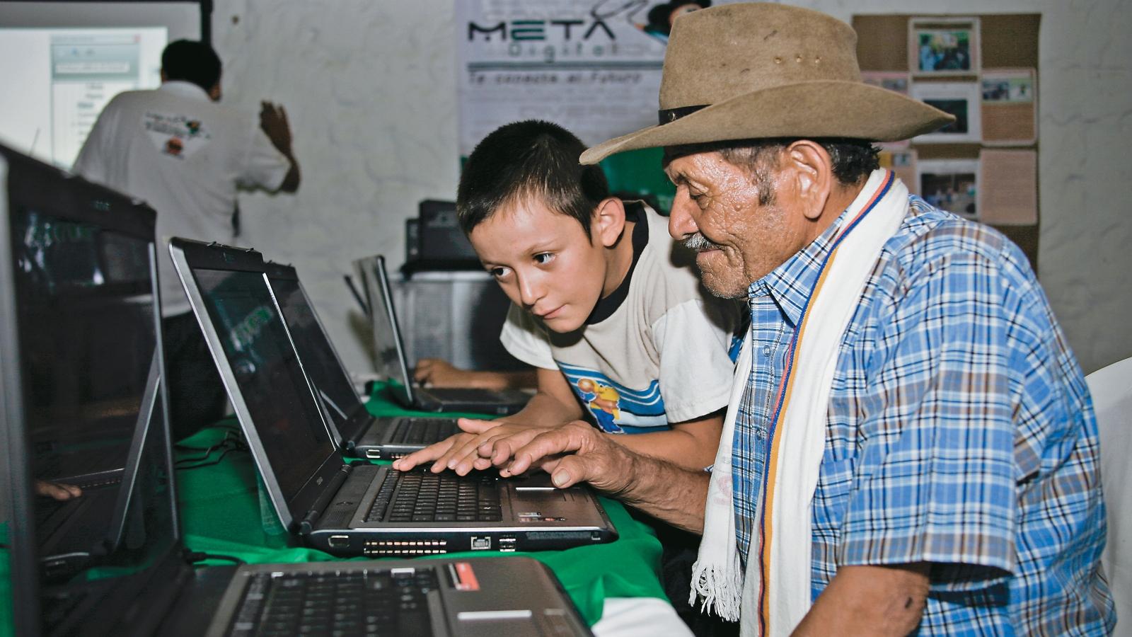 MinTIC llevaría Internet gratuito a 10.000 zonas rurales del país