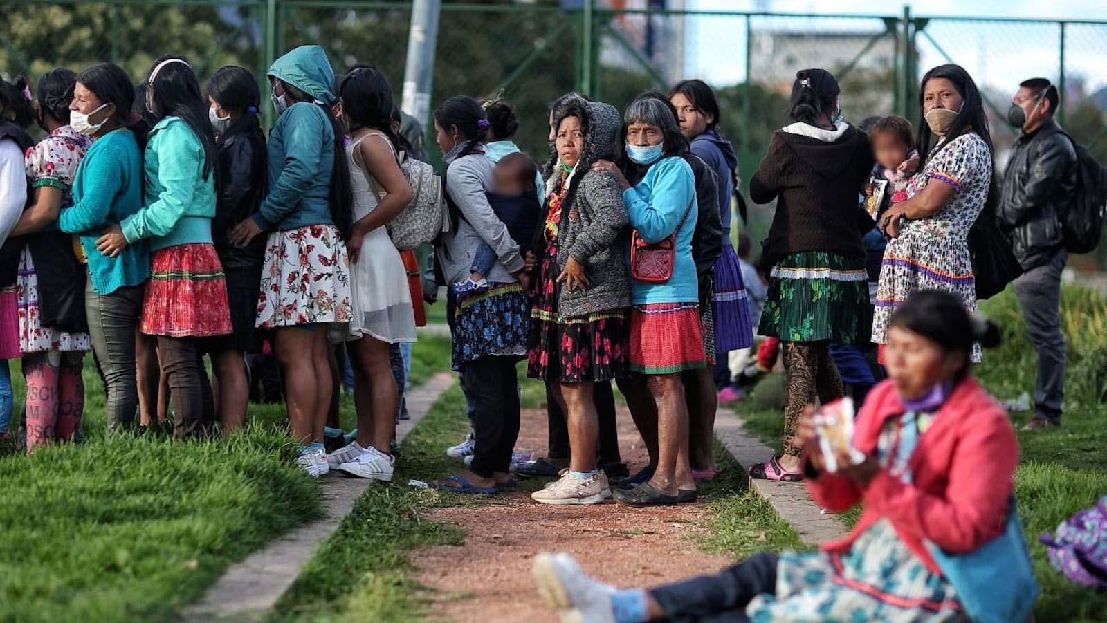 EN VIDEO |  Más de 100 familias indígenas pasaron la noche en el parque Tercer Milenio